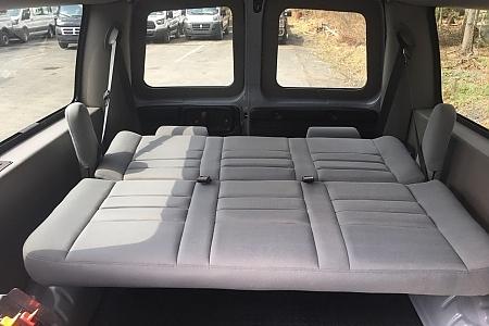 gmc-savana-2500HD-2016-rear-seat-opened